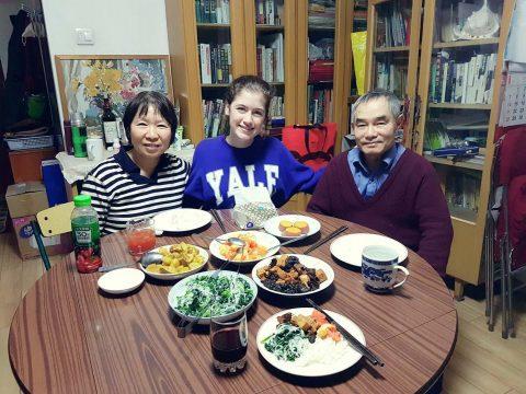 Savannah met haar gastgezin in Beijing