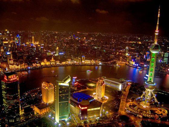 De Bund in Shanghai bij nacht - Een prachtig uitzicht