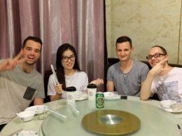 De Chinese keuken uitproberen